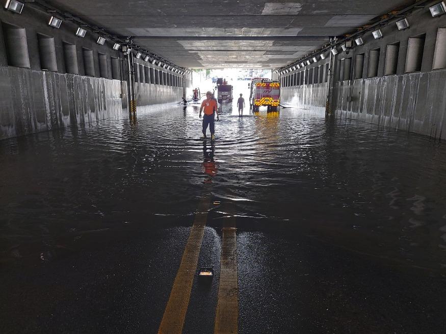 (사진보도)대전시, 지하차도 통행재개.jpg