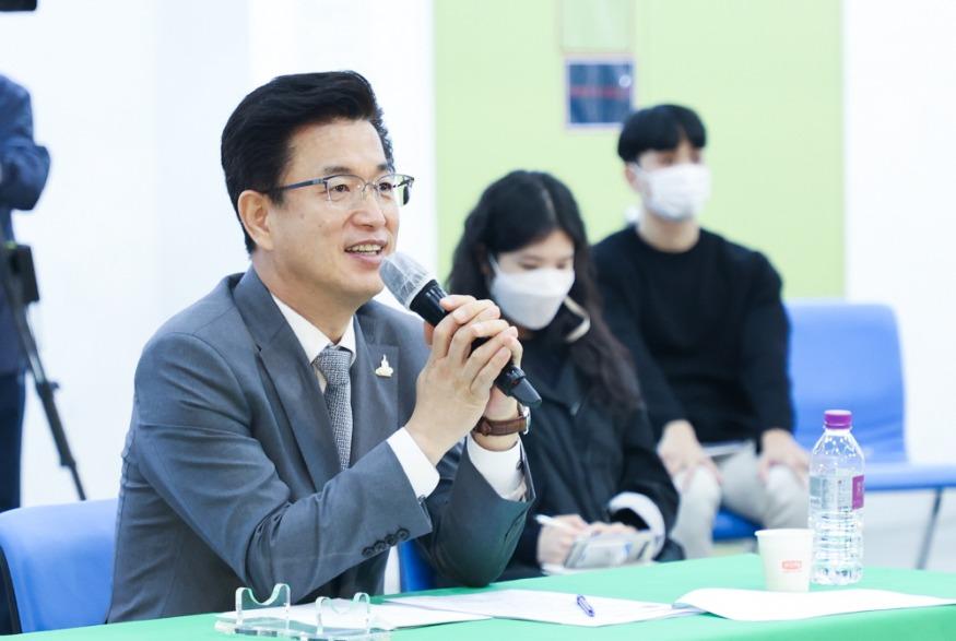 허태정 시장, 대전청년과 내일을 말하다 (4).jpg