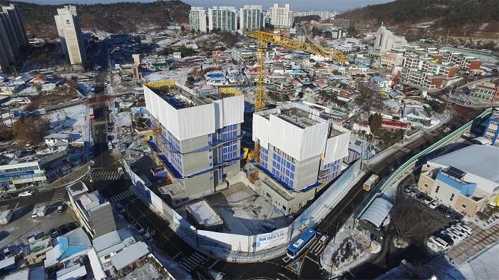 보도자료01_구 청사 부지 행복주택 건립사업 공사현장02.jpg