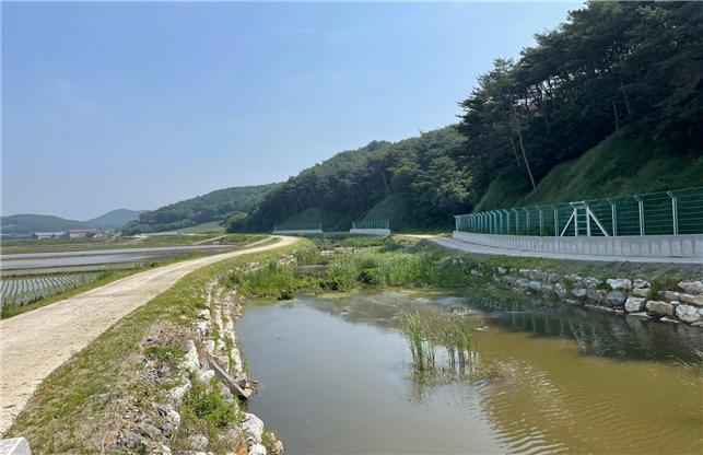 14일 (전국에서 가장 안전하고 아름다운  홍성 '신리천'_신리천 전경) 2.jpg